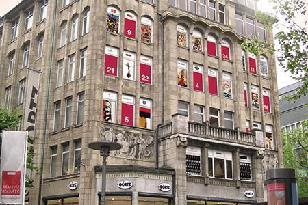 Görtz Haus Hamburg Mönckebergstraße: Kunstadventskalender 2013
